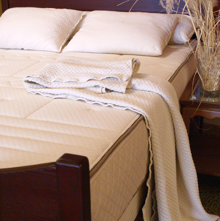 "10"" Natural Comfort kiss Mattress- made with 100% Natural Latex"